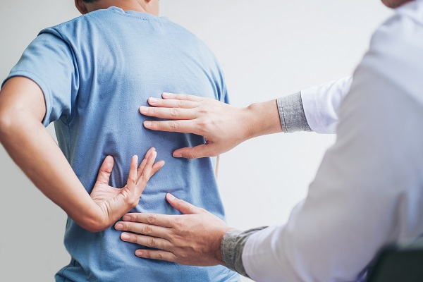 Signs You Should Visit Urgent Care For Back Pain